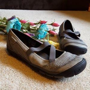 Women's grey Keen slip on shoes size 7